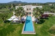 Moderne Villa mit Infinity Pool in Son Servera