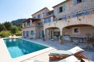 Steinhaus mit schönem Blick und kristallklarem Pool in Deia