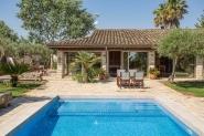 Schicke Finca  mit privatem Pool und angelegtem Garten