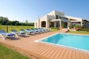Moderne Ferienhaus-Villa mit großem Privat-Pool und tollem Panoramablick