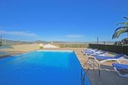 Schönes Dorfhaus mit privatem Pool, Internet und Panoramablick