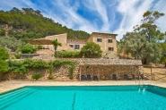 Traumhaft schöne Finca mit herrlichem Panoramablick und großem Pool