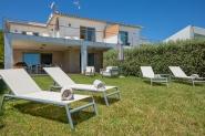 Modernes Haus in erster Meereslinie von Playa De Muro für 8 Personen