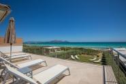 Modernes Haus in erster Meereslinie von Playa De Muro für 6 Personen