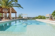 Villa for 10 people with gardens, pool and stone terraces