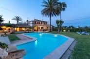 Gepflegte Finca mit privaten Pool und großem Garten - im Norden Mallorcas