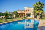 Finca mit privatem Pool und schönem Garten im Nordwesten Mallorcas