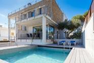 Schönes Ferienhaus mit Meerblick und Pool für 6 Personen
