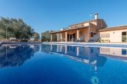 Tolle Finca mit Pool für 8 Personen in Campos