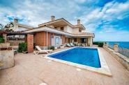 Ferienhaus mit Meerblick und Pool für 8 Personen in Porto Cristo