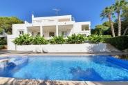 Villa mit direktem Strandzugang für 8 Personen in Cala d'Or