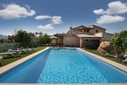 Finca-Landhaus für 10 Personen mit Terrasse, Pool und tollem Garten