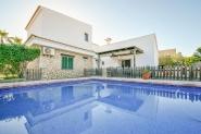 Modernes Ferienhaus für 6 Personen mit Pool in Portocolom