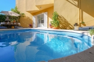 Ferienhaus in Alcanada für 8 Personen mit Grill, Pool und Internet